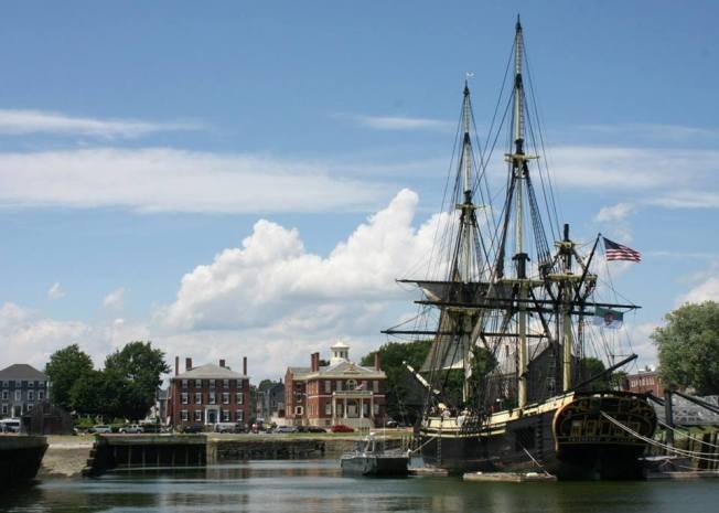 """The lovely ship """"Friendship of Salem"""""""