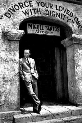 Sinatra on set