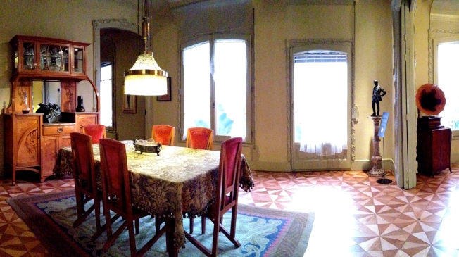 La Pedrera apartment dining room