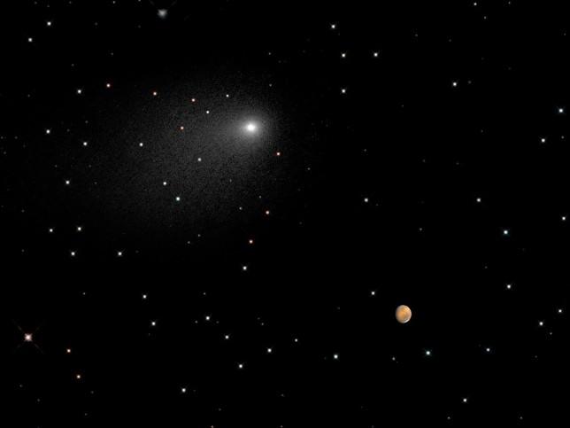 comet-siding-spring-mars-no-border