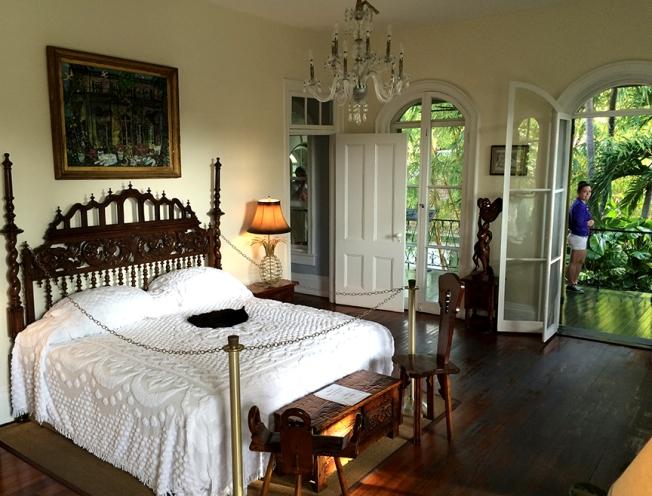 key west hemingay bedroom